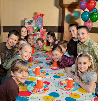 kids at the best birthday party